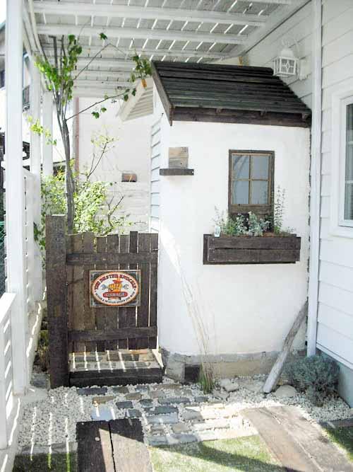 洗濯物を隠すための庭小屋