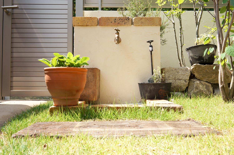 外構やエクステリアでは手に入らない庭空間を作る