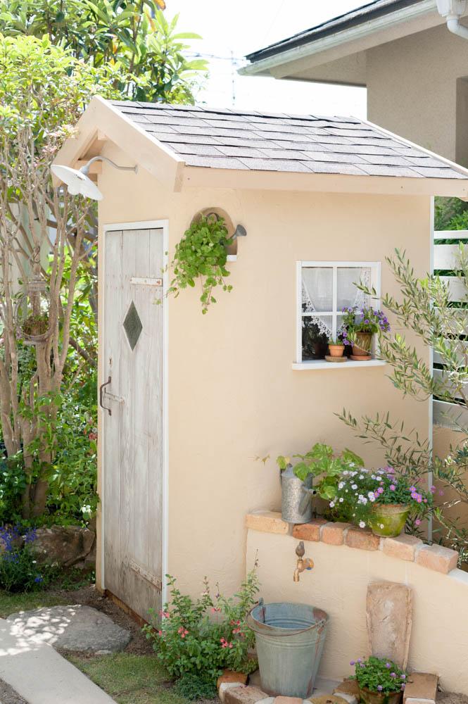 フィトライフのおしゃれな庭小屋