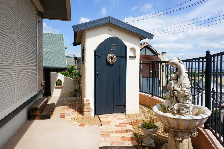 フィトライフの大人テイストの小さな庭小屋